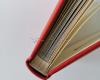 Élénk piros színű ablakos ragasztós album